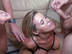 Downcast MILF 46y Roguish Theesome In Scrimp