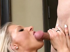 Erotic Cougar Synthia Fixx Gets Dual With an increment of Fucked